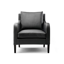 Munich Armchair | Poltrone | MACAZZ LIVING INTERIORS