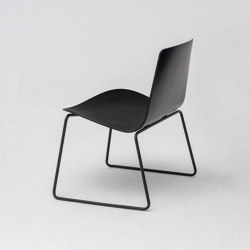 Lottus Lounge mit Kufengestell | Sessel | ENEA