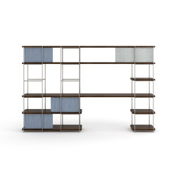 Julia Natural wood desk integrated in shelving system | Scaffali | Momocca