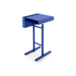 Station | Side Table, Ultramarine blue RAL 5002 | Side tables | Magazin®
