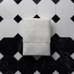 Home Boutique | Plush hand towel | Towels | Devon&Devon