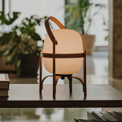 Cestita Batería | Table Lamp | Lampade tavolo | Santa & Cole