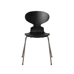 Ant? | 3101, Black, coloured ash, brown bronze base | Chairs | Fritz Hansen