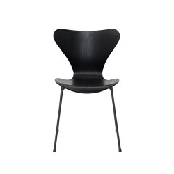 Series 7™ | 3107, Black, coloured ash, warm graphite base | Stühle | Fritz Hansen