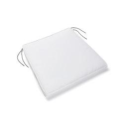 August Cushion Lounge Chair White | Cuscini sedute | Serax