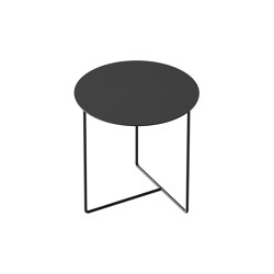 Solid 03 Side Table | Mesas auxiliares | weld & co