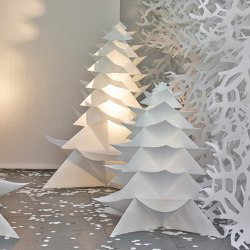 Origami Christmas Tree | Objects | PROCÉDÉS CHÉNEL