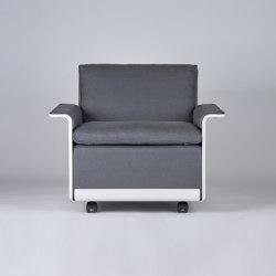 620 Chair Programme: Low back armchair (linen) | Sillones | Vitsoe