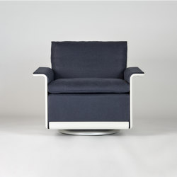 620 Chair Programme: Low back armchair (linen) | Armchairs | Vitsoe