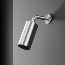 Q | Adjustable rain jet shower head. | Shower controls | Quadrodesign