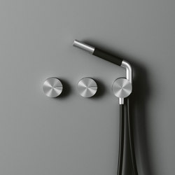 Q | Set of 2 hydroprogressive mixers for bath/shower with hand shower. | Shower controls | Quadrodesign