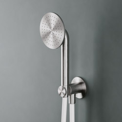 Shower | Handshower kit with bracket/water connection. | Shower controls | Quadrodesign