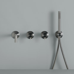 Source | Wall Mounted Mixer For Bathtub | Shower controls | Quadrodesign