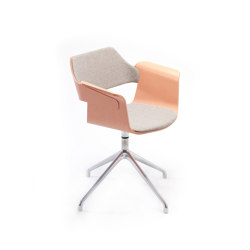 Flagship Armchair with swivel base | Sillas | PlyDesign