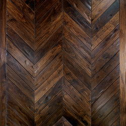 Chevron 45° floor | Ca' Marcello | Wood flooring | Foglie d'Oro
