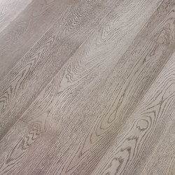 Engineered wood planks floor | Ca' Tortora | Wood flooring | Foglie d'Oro