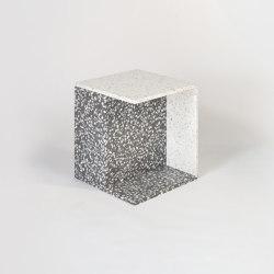 Reversible Side Table | Mesas auxiliares | Harris & Harris