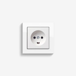 E2 Danish Standard | Socket outlet Pure white glossy | Danish sockets | Gira