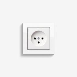 E2 HNA | Socket outlet Pure white glossy | Chinese sockets | Gira