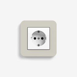 E3 | Socket outlet Sand with white | Schuko sockets | Gira