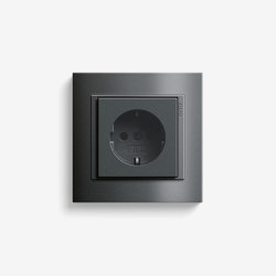 Event | Socket outlet Anthracite | Schuko sockets | Gira