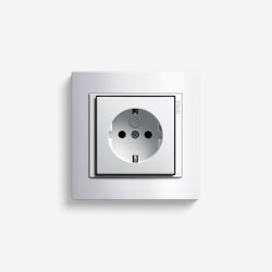 Event | Socket outlet Clear White | Schuko sockets | Gira