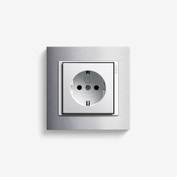 Event | Socket outlet Colour aluminium | Schuko sockets | Gira