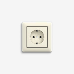 Standard 55 | Socket outlet Cream white | Prese Schuko | Gira
