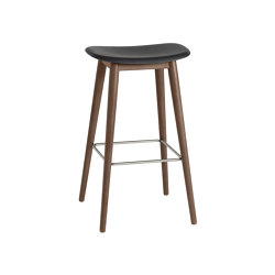 Fiber Bar Stool | Wood Base | Taburetes de bar | Muuto