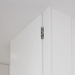 Modern Doors floor to ceiling INTRA UZ signal white | Internal doors | ComTür
