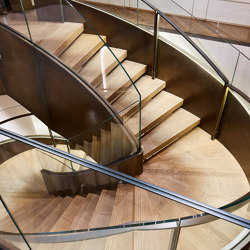 Impressing steel stairs at the Vienna Max Mara store | Scale | MetallArt Treppen
