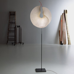 MaMo Nouchies Yoruba Rose Floor | Free-standing lights | Ingo Maurer