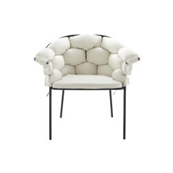Serpentine | Carver Chair Ecru / Charcoal Structure | Chairs | Ligne Roset