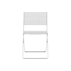 Pli | Set Of 2 Folding Chairs White Indoor / Outdoor | Chairs | Ligne Roset