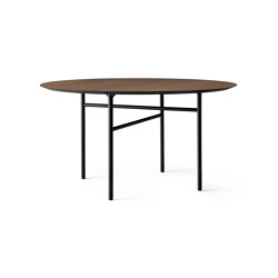 Snaregade Dining Table Ø138 | Black Steel / Dark Stained Oak | Dining tables | MENU