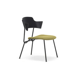 Strain low chair with upholstered seat | Armchairs | Prostoria
