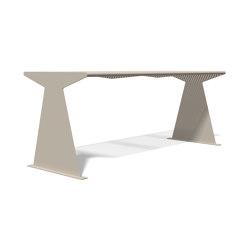 Siardo 40 R Table | Dining tables | BENKERT-BAENKE