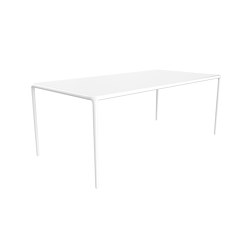 Xaloc Table 200 | Dining tables | Möwee