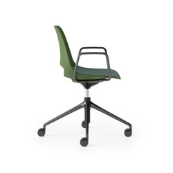 Saint 4 Star Height Adjustable with Tilt and Loop Arms | Stühle | Boss Design