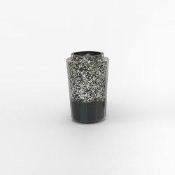 Makino eggshell and black urushi vases   Floreros   Hiyoshiya