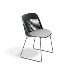 AIIR Side chair with sled base | Chairs | DEDON