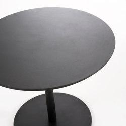 BUTTON 004 Table | Bistro tables | Roda