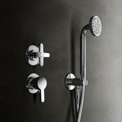 Icona Classic | Built-in shower mixer; shower set | Shower controls | Fantini