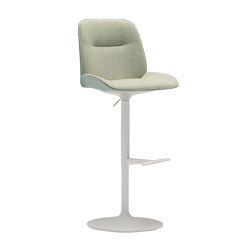 Nuez BQ 2738   Bar stools   Andreu World