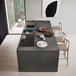 Thea, Show and Wet Kitchen | Island kitchens | Arclinea