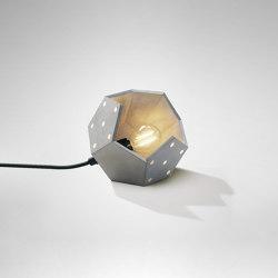 Basic Twelve Solo Table | Lámparas de sobremesa | Plato Design