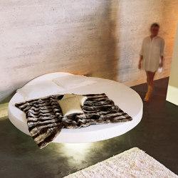 Fluttua Round Bed | Beds | LAGO