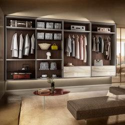 Outfit Walk-in Closet - 1183   Walk-in wardrobes   LAGO