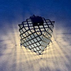 SOLAR lantern | l'X | Outdoor table lights | LYX Luminaires
