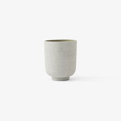 &Tradition Collect | Planter SC70 Sage | Plant pots | &TRADITION